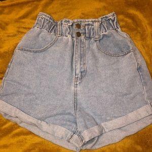 High wasted light washed denim shorts